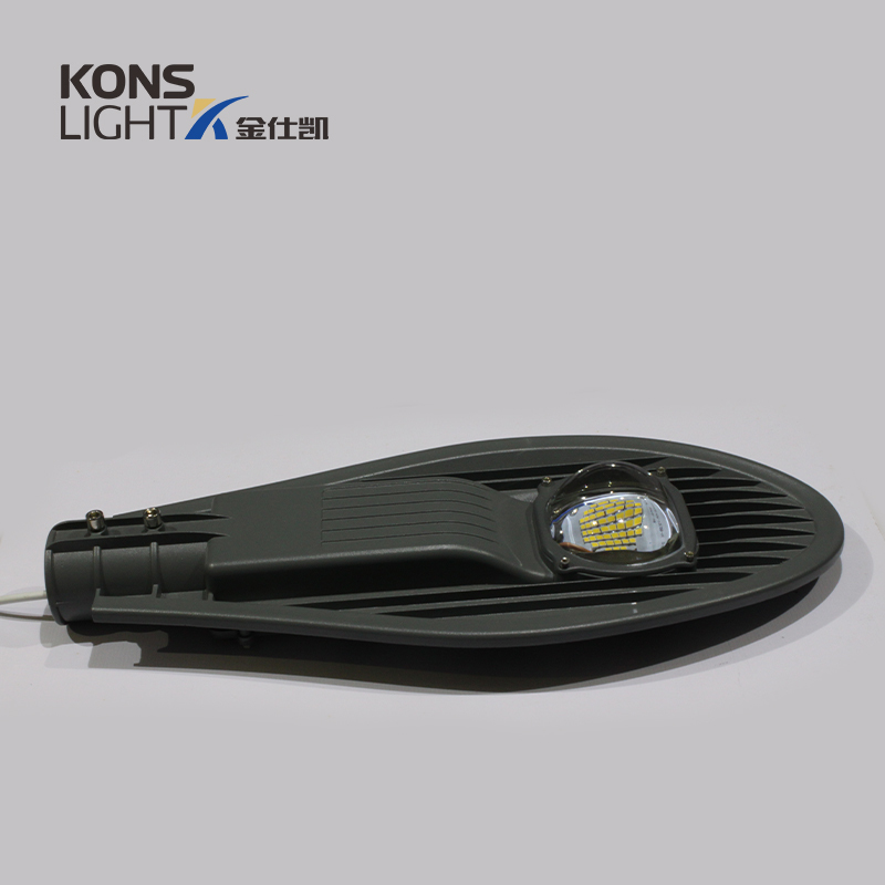 100W famous brand LED Chip Street Light 3 years warranty environmental friendly
