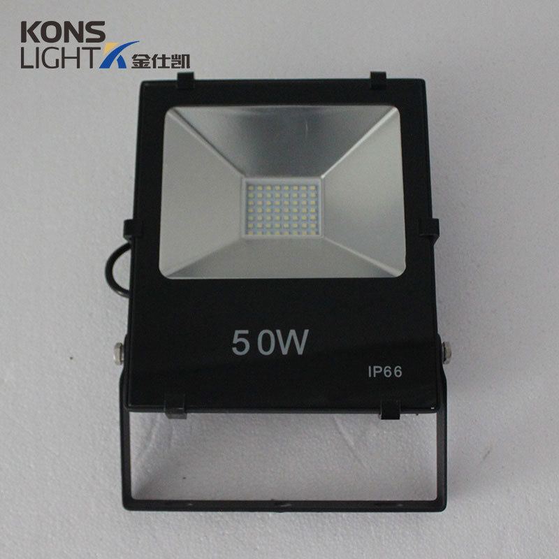 LED SMD Flood Light 30W/50W Resist to corrosion, cracking and pressure Tempered glass